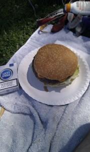 Burger im Freibad