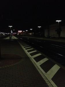 Bahnhof in Waldhof. Nachtaufnahme mit dem iPhone4s