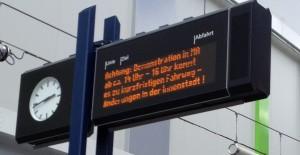 Strassenbahnhaltestelle Anti-Acta Demo in Mannheim