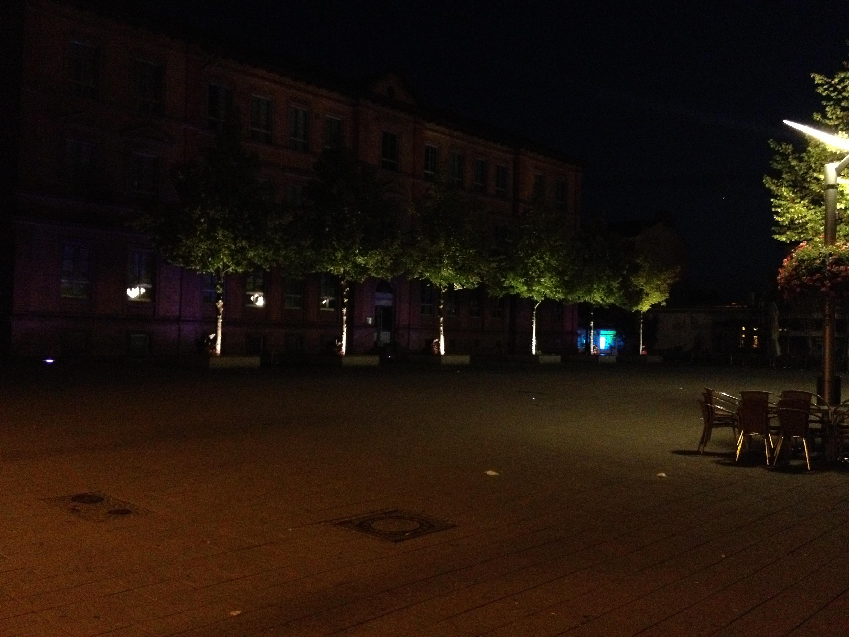 Lampertheimer Schillerplatz am frühen Morgen