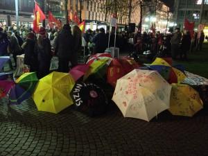 Occupyschirme auf dem mannheimer Paradeplatz