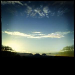 Ein wenig Spaß mit der Hipstamatic auf der Natostraße, pünktlich zum Sonnenaufgang #Hipstamatic #Salvador84 #Blanko_Noir
